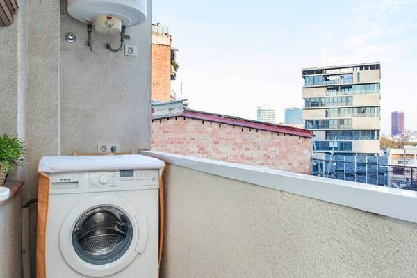 3 Bedroom Apartment in Sants - фото 19