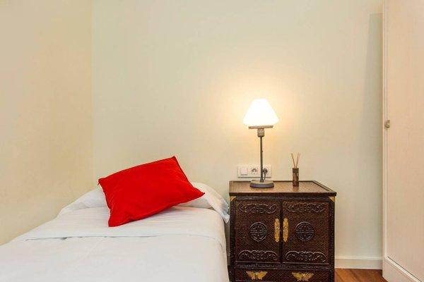 3 Bedroom Apartment in Sants - фото 2