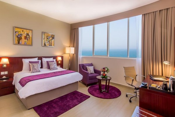 Landmark Hotel Fujairah - фото 1