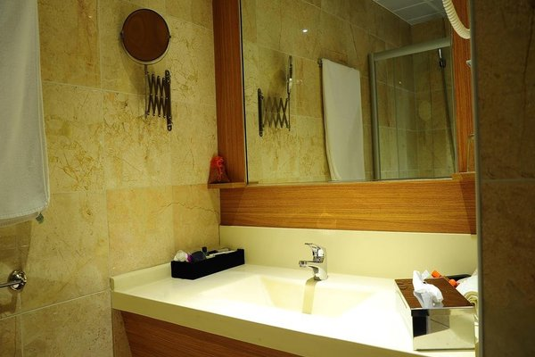 Hotel Basri - фото 4