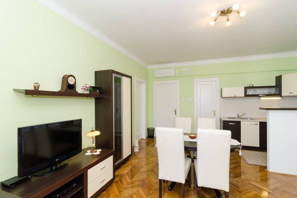 Guest House Ivela - фото 1