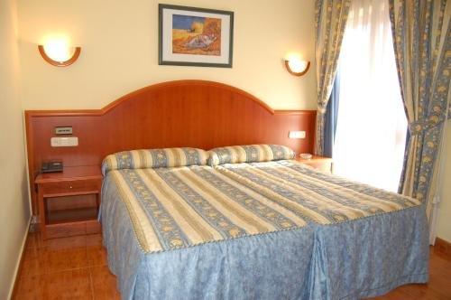 Hotel Pena Santa - фото 1