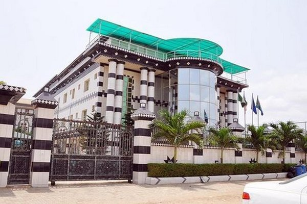 Royal View Hotel And Suites, Ejigbo Local Council Development Area