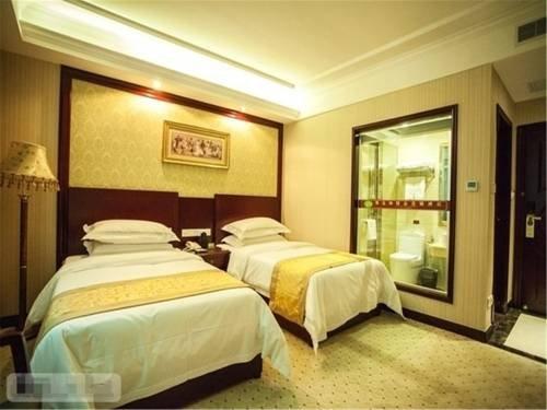 Vienna Classic Hotel Dongguan Changan Xiandai - фото 1