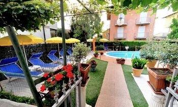 Hotel Benaco - фото 16