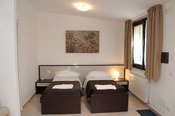 San Michele Apartments - фото 2
