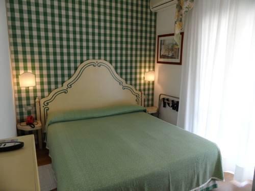 Hotel Janeiro - фото 1
