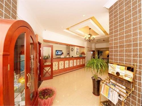 Greentree Inn Qinhuangdao Olympic Center Express - фото 2
