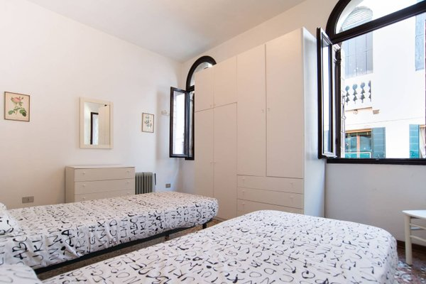 Lustraferi Apartment - фото 7