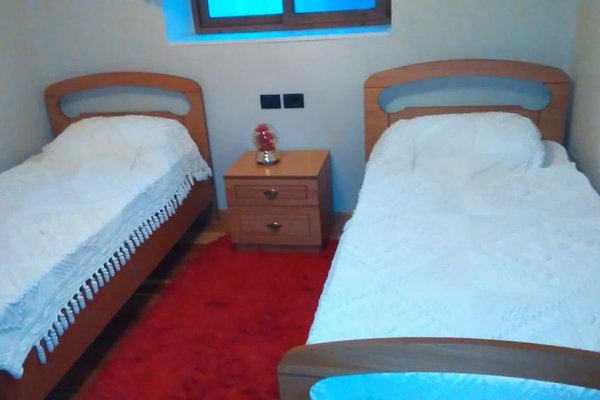 Ana's Hostel - фото 2