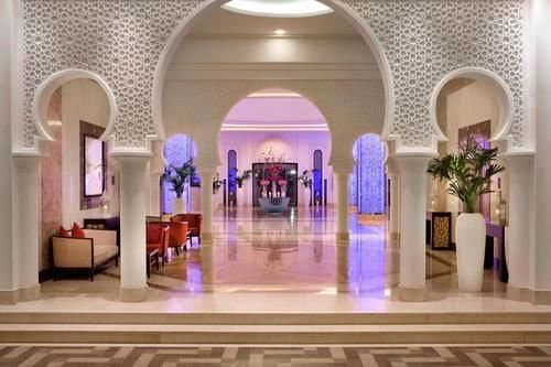 The Ajman Palace Hotel - фото 15