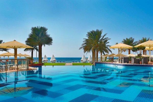 The Ajman Palace Hotel - фото 20