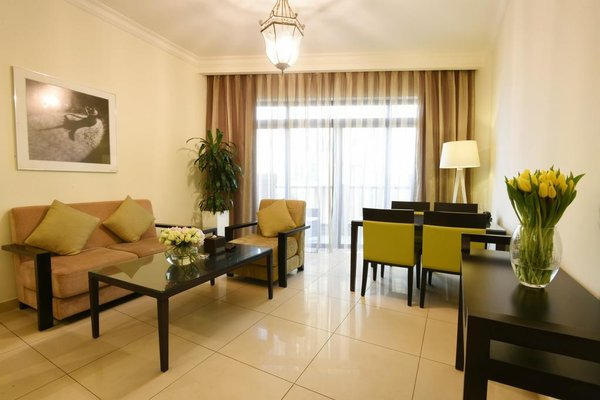 The Ajman Palace Hotel - фото 7