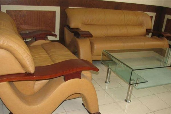 Afrique Hotel Douala Airport - фото 7