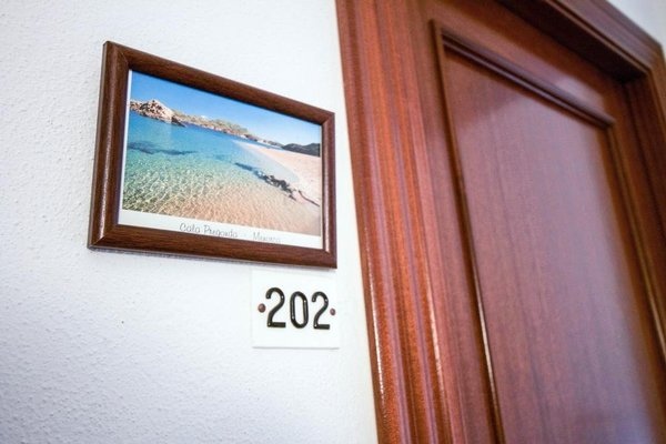 Hostal Restaurant s'Algaret - фото 16