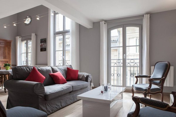 Apartment Rue Neuve with Elevator - фото 23