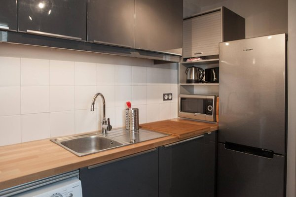 Apartment Rue Neuve with Elevator - фото 20