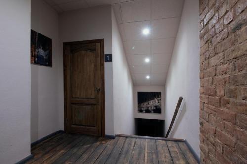 Johnson's house - фото 15
