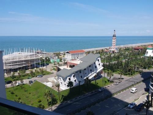 Apartment SEA TOWER Khimshiashvili 15 - фото 4