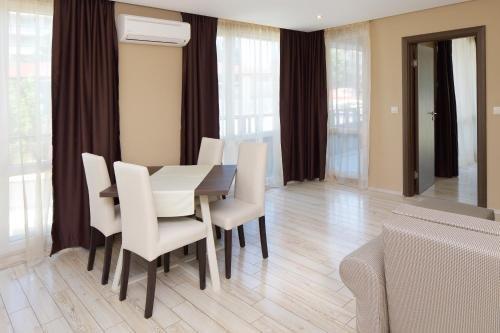 Aparthotel Paradiso - фото 10