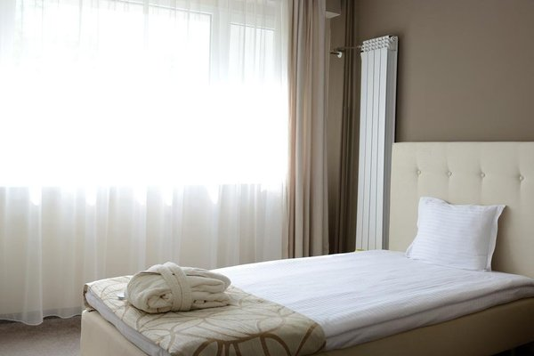 Park Hotel Kyustendil - фото 2