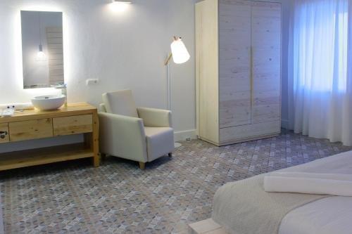 Hotel Can Roca Nou - фото 8