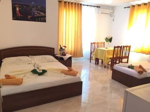 Hotel Lakaj - фото 12