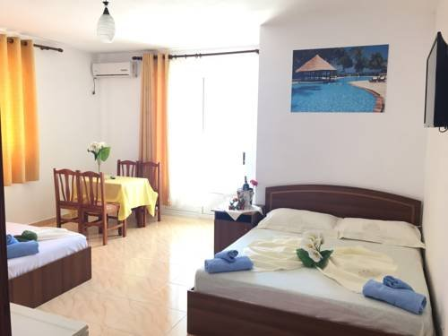 Hotel Lakaj - фото 4
