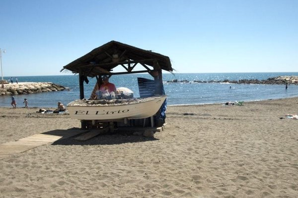 Pedregalejo Holiday Beach - фото 18