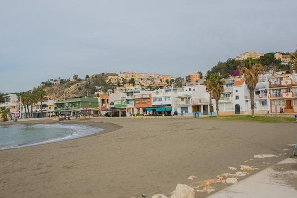 Pedregalejo Holiday Beach - фото 20