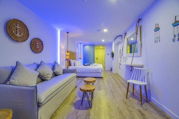 Blue Harbour Boutique Apartments - фото 11