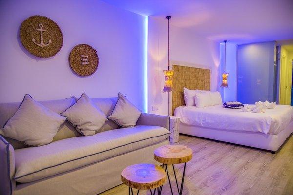 Blue Harbour Boutique Apartments - фото 14