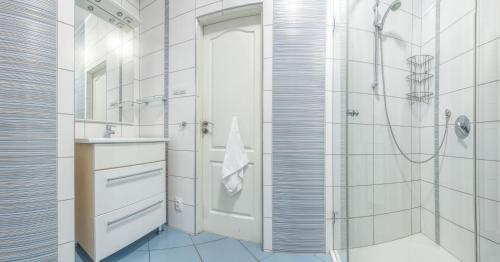 Modern apartment Michalska 6 - фото 13