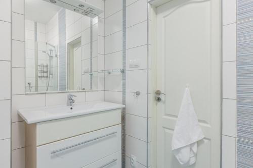 Modern apartment Michalska 6 - фото 14
