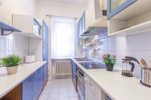 Modern apartment Michalska 6 - фото 18