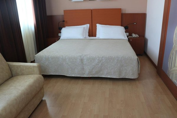 Bella Italia Palace Hotel - фото 11