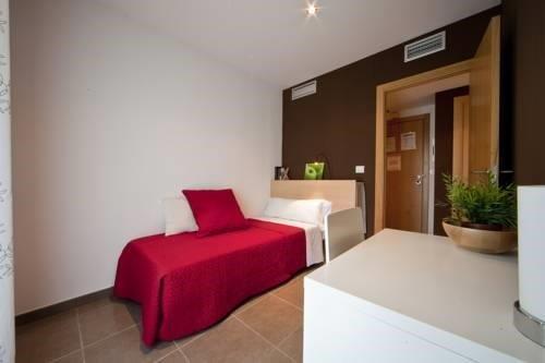 Гостиница «Cssuites Castellon», Кастельон-де-ла-Плана