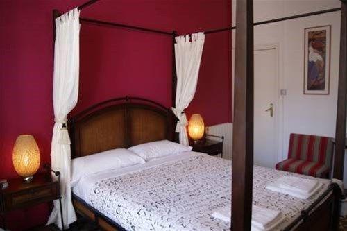 Tripledos Bed & Breakfast - фото 2