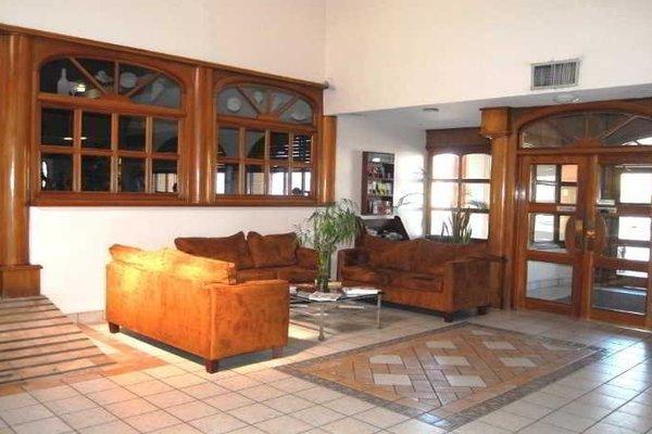 Hotel Suites el Paseo - фото 10