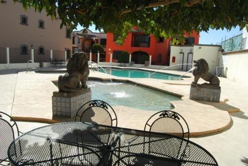 Hotel Suites el Paseo - фото 19