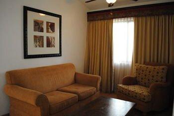 Hotel Suites el Paseo - фото 6