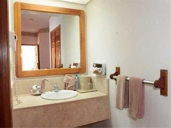 Hotel Suites el Paseo - фото 7