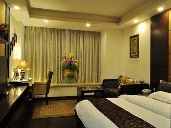Chengdu West-Care Kate Hotel Finance City - фото 3