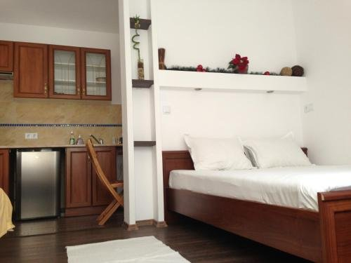 Guest Rooms Boutique Varna - фото 4