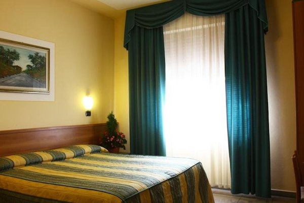 Hotel Bisenzio - фото 2