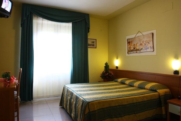 Hotel Bisenzio - фото 3