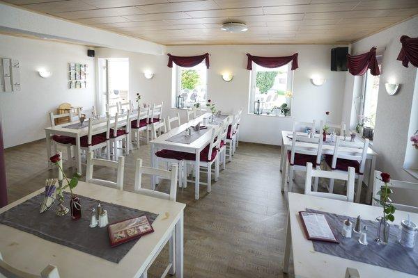 Cafe & Pension Am Brunnen - фото 11