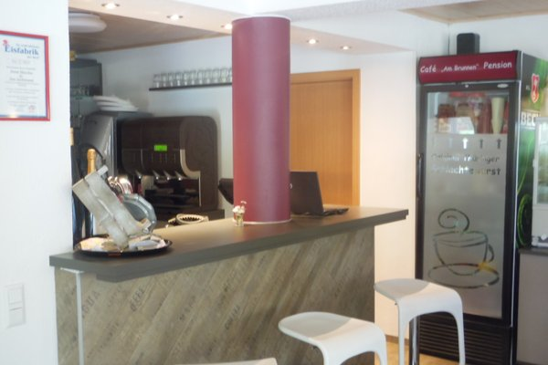 Cafe & Pension Am Brunnen - фото 12