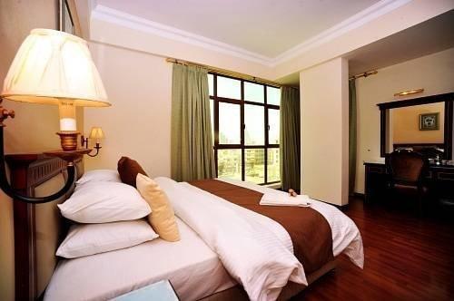 Samada Hoora Hotel And Suites - фото 0