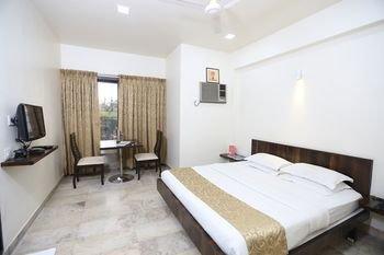 Hotel Lokesh